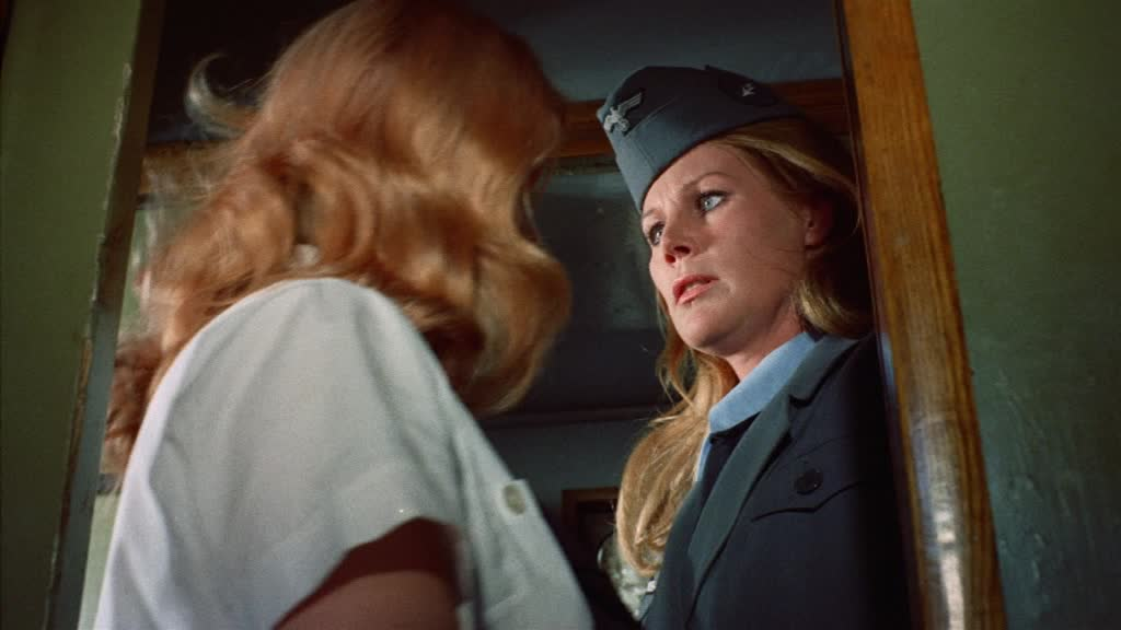 Fräuleins In Uniform